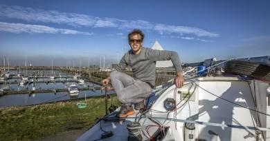 Ruben Donne met zeilboot.
