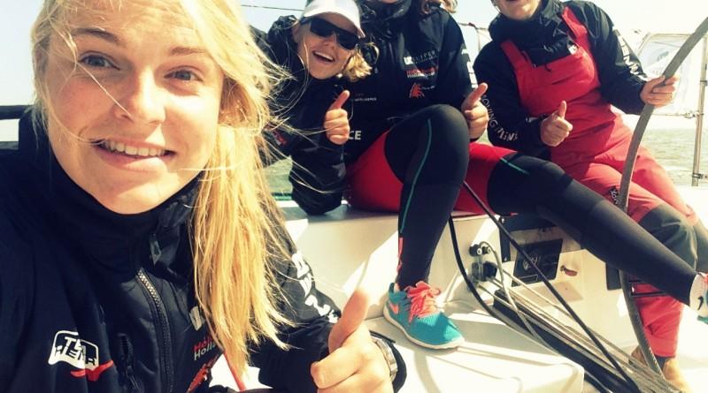 Een selfie met de meiden van Team Heiner Pups '16 tijdens de Delta Lloyd 24uurs race