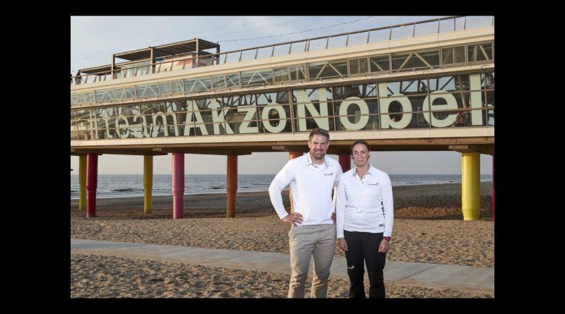 Simeon haalt twee Nederlanders aan boord