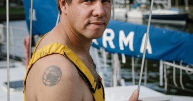 Medemblik 29 augustus 2017. VVD raadslid Werner Toonk gaat met zijn zeilschip Karma een tocht rond de wereld maken. foto: Marc Driessen